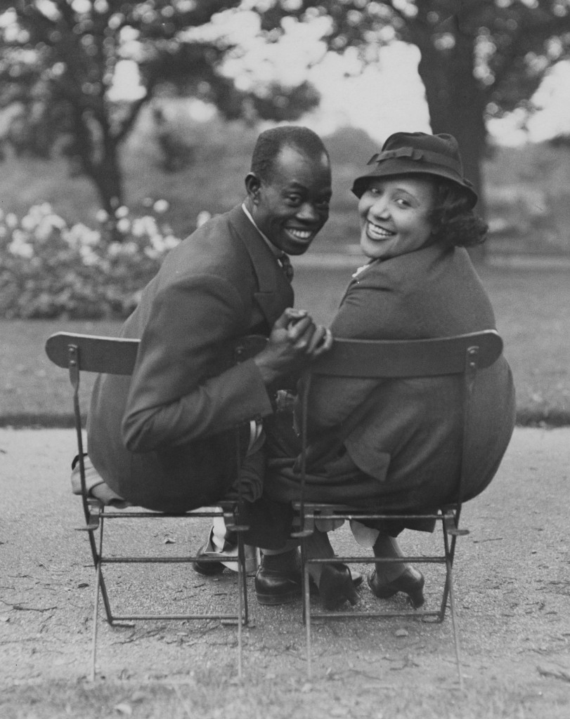 Nigerian musician and composer Fela Sowande (1905 - 1987) with his fiance, American soprano Mildred Marshall, in Regent's Park, London, 13th September 1936. Sowande is working as a the pianist and Marshall is singing in the London production of Lew Leslie's musical revue, 'Blackbirds Of 1936'. (Photo by General Photographic Agency/Hulton Archive/Getty Images)