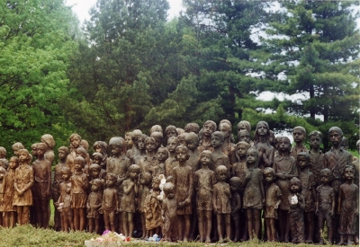 14-03-18 - BLOG Memorial-at-Lidice-1st-Med-on-Dic
