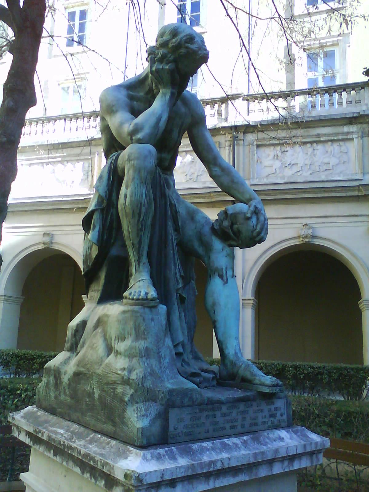 18-01-18 BLOG Democritus_statue